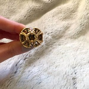 Very uniquely designed thick gold ring